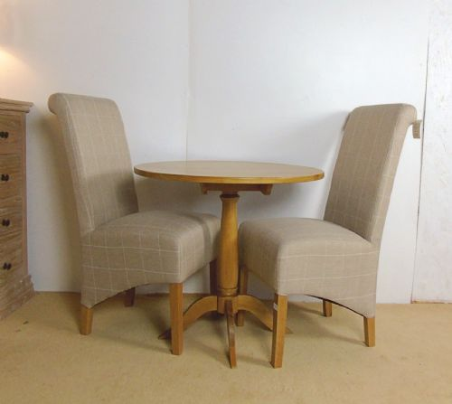 Oak Round Table and 2 Chairs